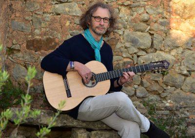 felix-guitar-santa-luzia-02